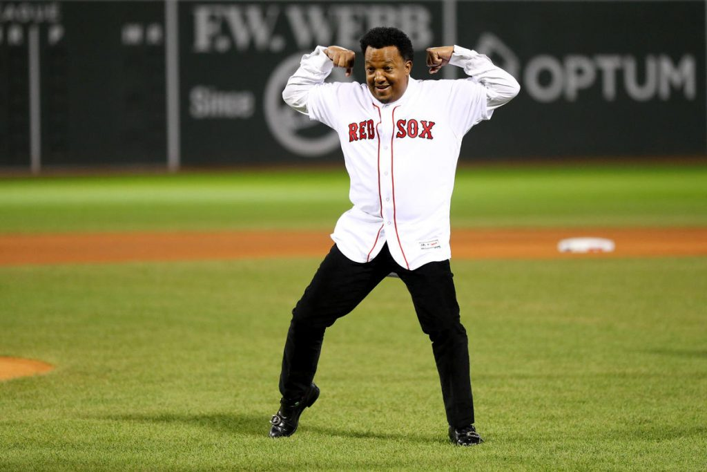 Pedro Martinez can't stop giving back